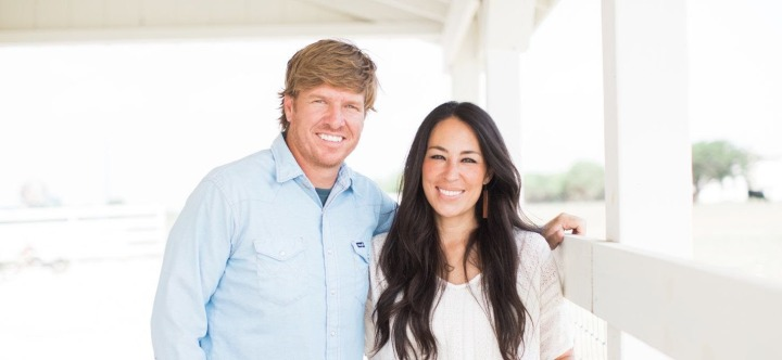 Why is America Obsessed with Chip and Joanna Gaines?